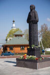 Памятник Матроне, Себино, Тульская область