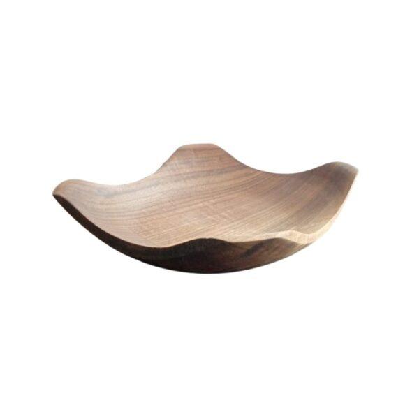 Деревянная тарелка ручной работы