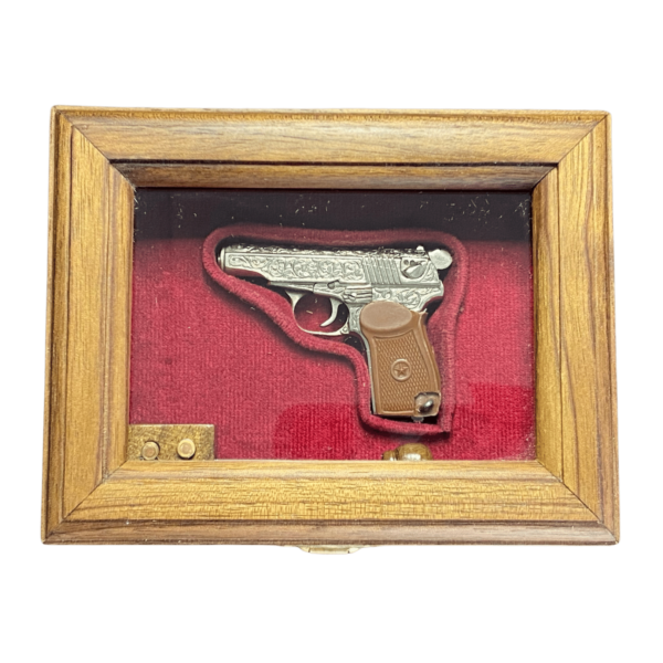 miniatyura-pistoleta-makarov-dejstvuyushhij-2.png
