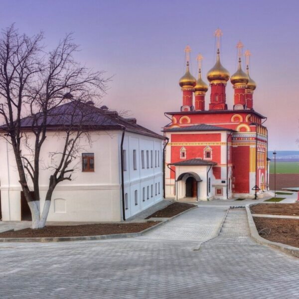 Свято-Преображенский монастырь Белев